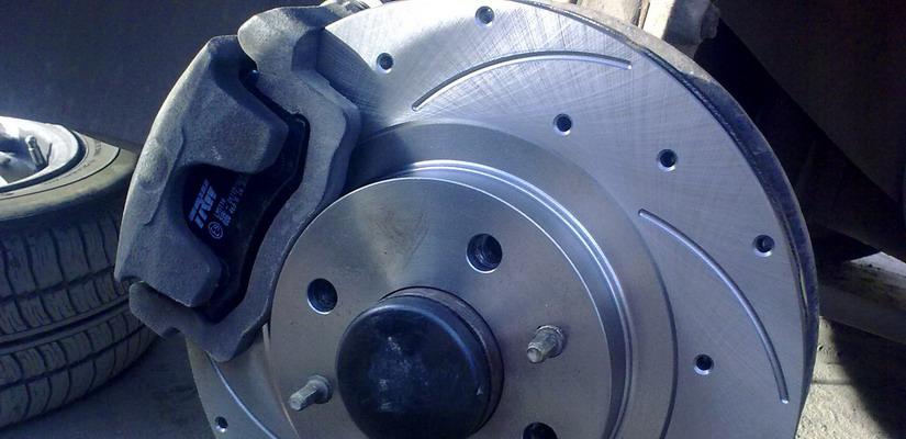 Замена колодок и дисков